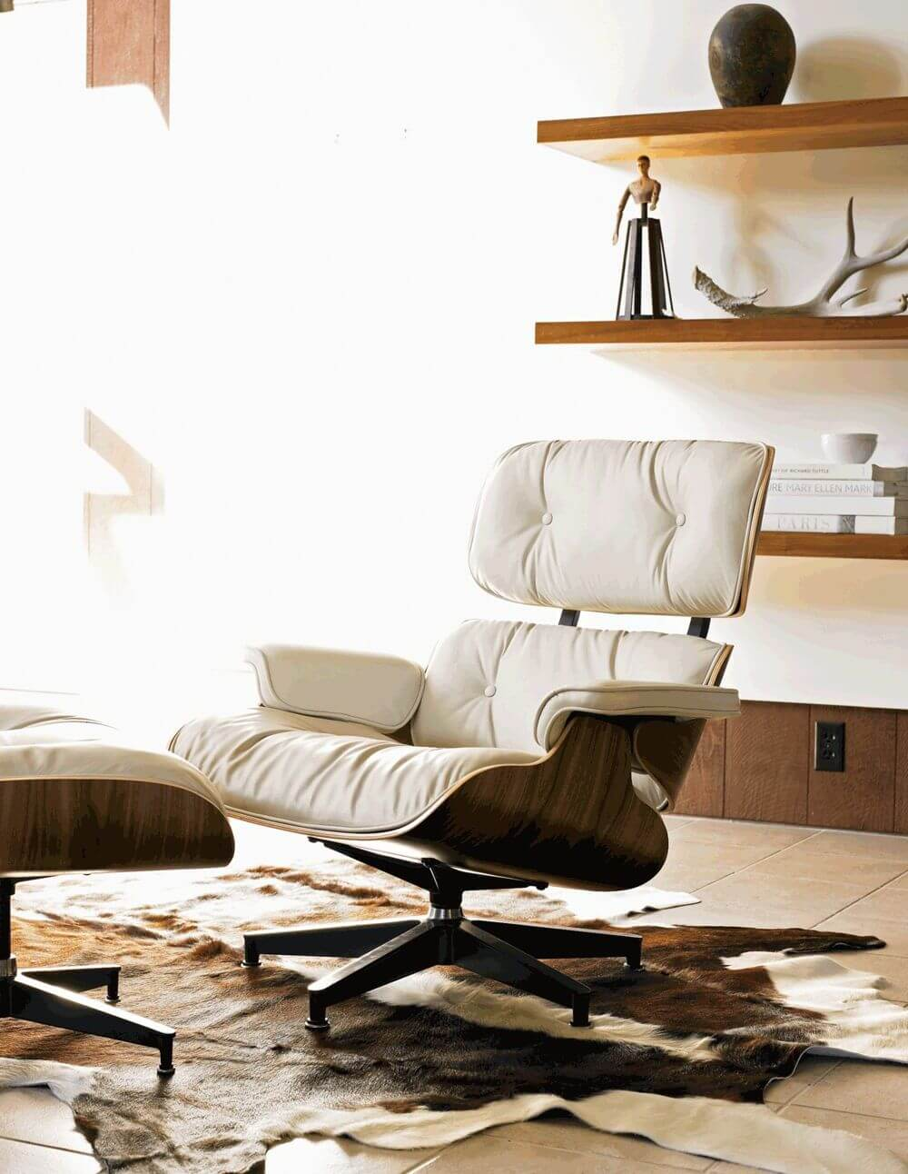 крусло Eames Lounge Chair